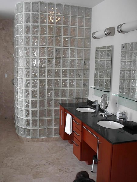 Curved Shower Wall